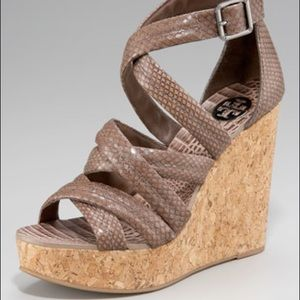 🌟Tory Burch Snake Cork Wedge Heel ⭐️